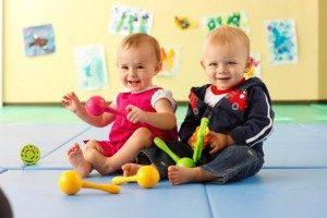Baby-Play-Sensory-exploration-and-fun-for-infants_1-300x200